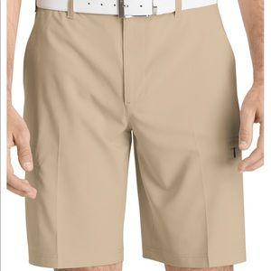 izod men's khaki classic golf shorts Size 32 GUC